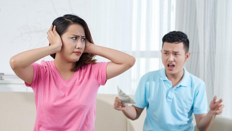 bertengkar dengan suami