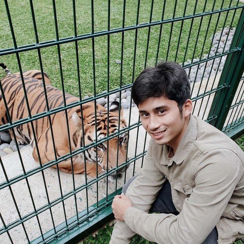 artis yang hobi pelihara hewan-Alshad Ahmad