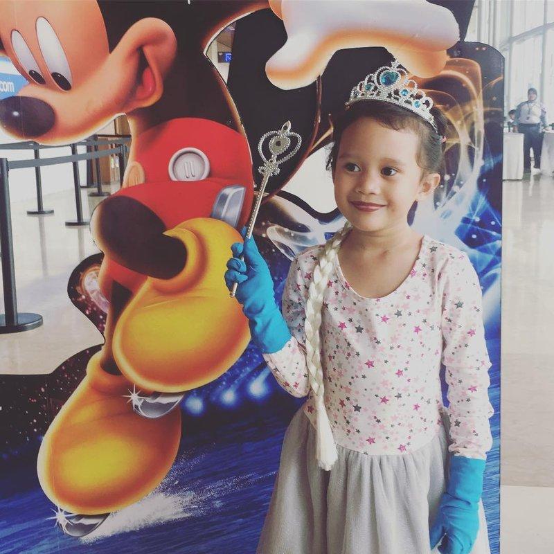 8 Fakta Meninggalnya Zefania Carina, Putri Karen Idol, Karena Jatuh dari Apartemen 03.jpg