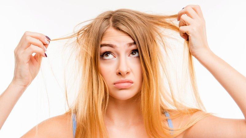 7 Kebiasaan yang Bikin Rambut Cepat Rontok-3.jpg