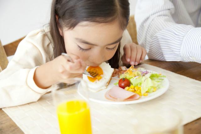 6 Tips Membiasakan Anak Memiliki Rutinitas Pagi