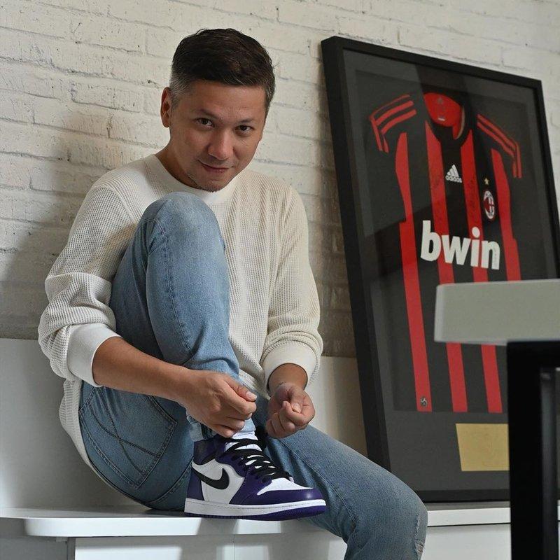artis Indonesia penggemar sepakbola-Gading