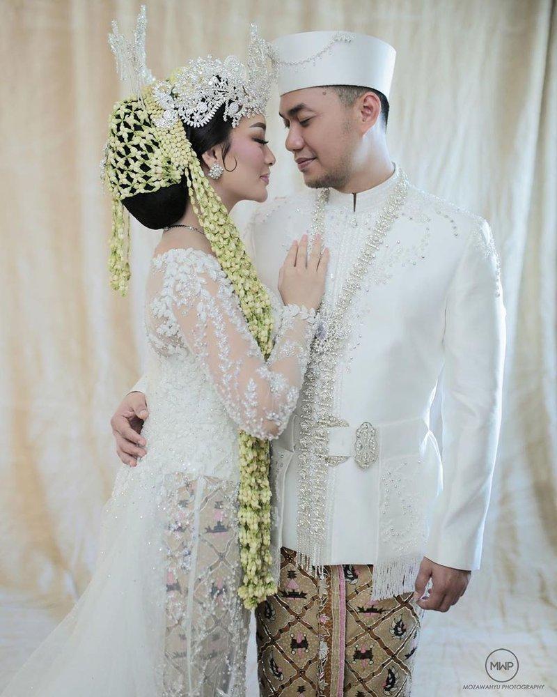 artis yang menikah saat virus corona-3