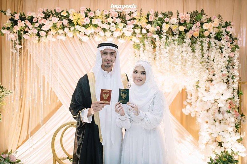 artis yang menikah saat virus corona-4