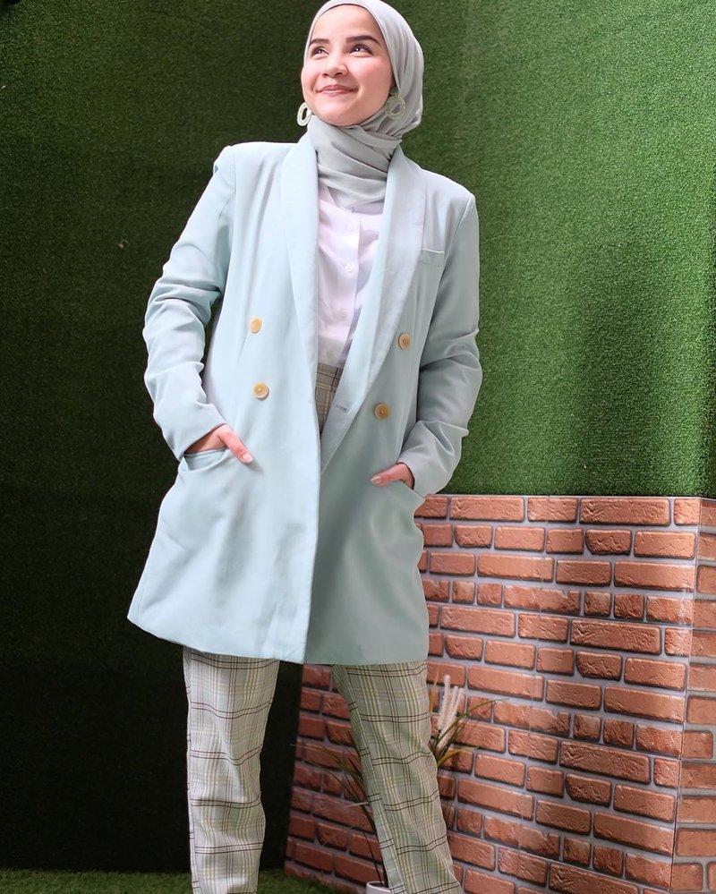 inspirasi fashion hijab artis Tasya Nur Medina-4