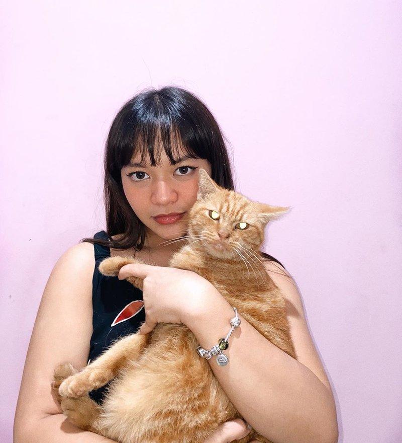 artis yang hobi pelihara hewan-Amel Carla