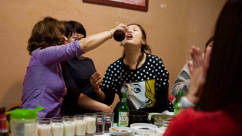 Kebiasaan minum Soju dan mabuk.jpeg