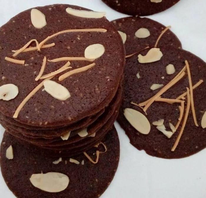 Almond-Crispy-Cookies.jpg