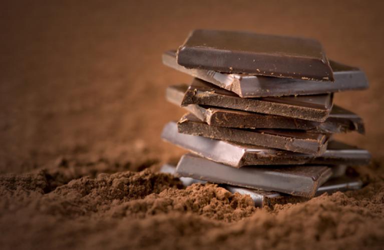 Amankah Ibu Hamil Makan Cokelat Hitam-1.png