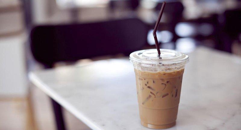 Amankah Jika Ibu Hamil Minum Es Kopi.jpg