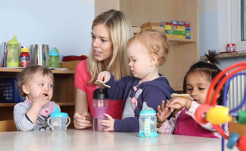 Anak Susah Minum Air Putih, Ini 4 Cara Memenuhi Kebutuhan Cairannya 03.jpg
