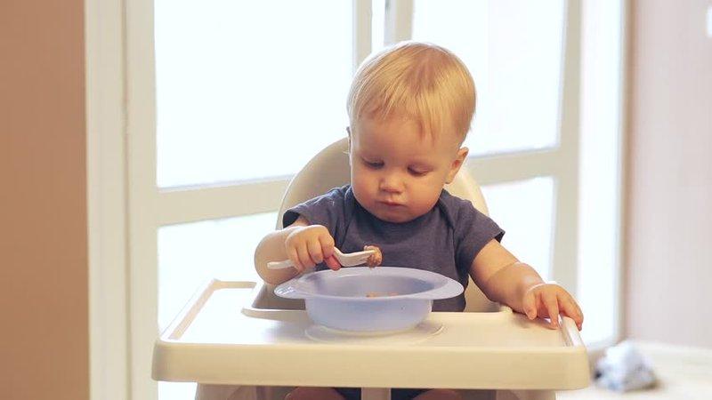 Anak Usia 1 Tahun, Perlukah Susu Lain Selain ASI-3.jpg