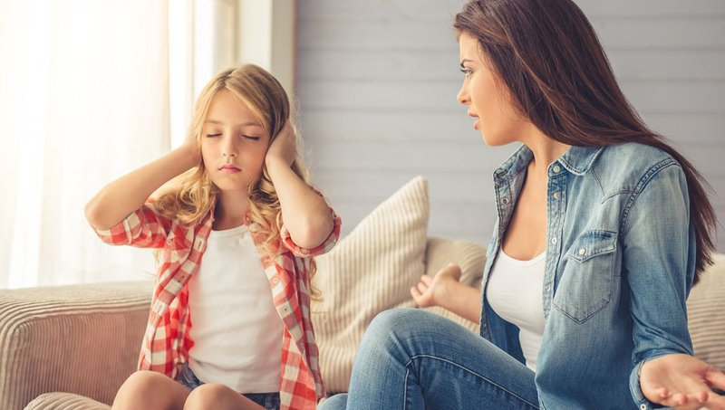 tanda-tanda toxic parent-5