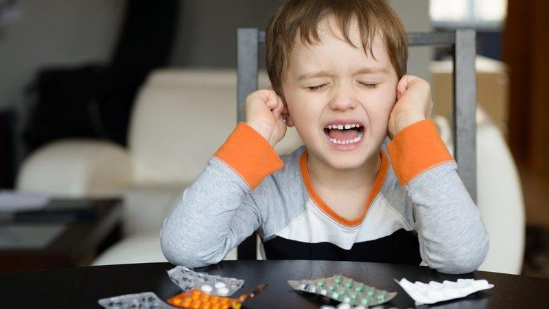 Apa Tandanya Si Kecil Terkena Infeksi Telinga 2.jpg