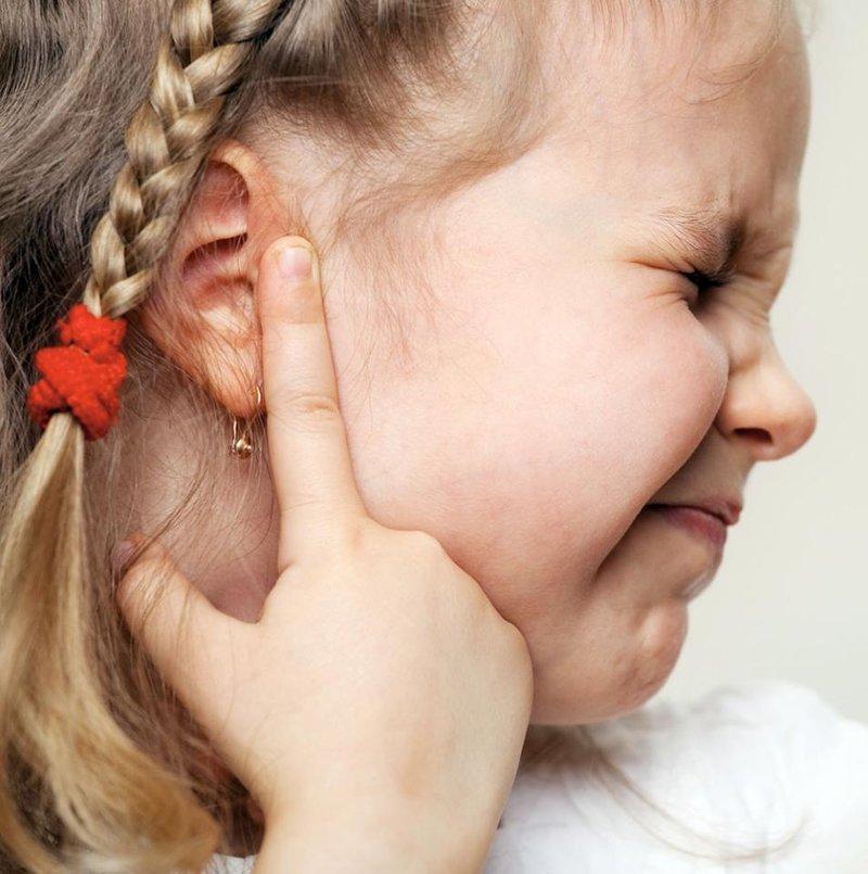 Apa Tandanya Si Kecil Terkena Infeksi Telinga 5.jpg