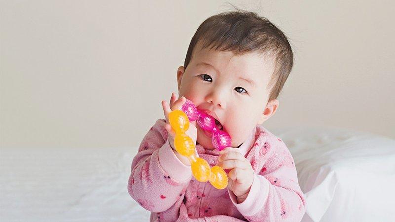 Apakah Teether Gel Aman untuk Bayi -2.jpg