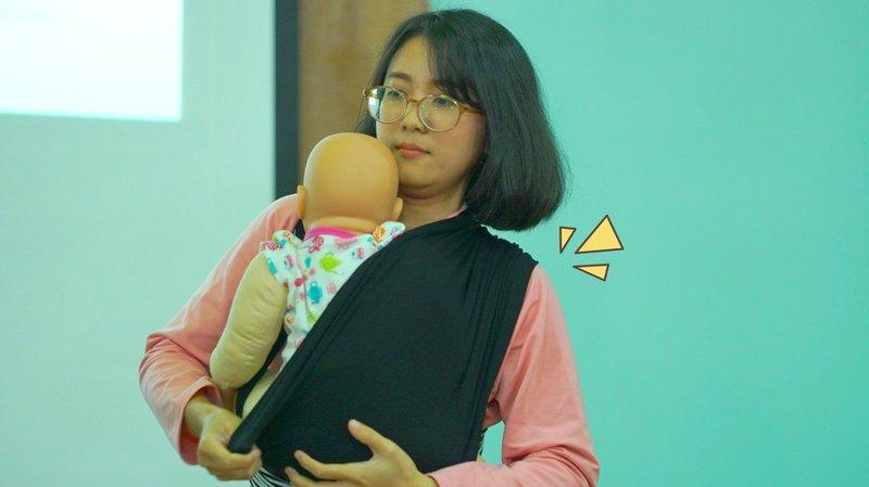 Bekal Babywearing untuk Para Moms Orami Community yang Baru Memiliki Anak