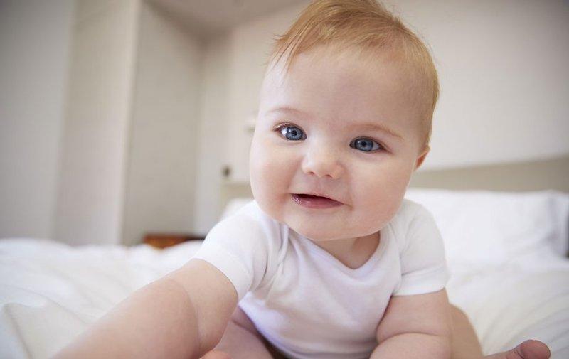 Bagaimana Cara Memilih Baju Bayi yang Aman dan Nyaman Simak 6 Tips Ini 1.jpg