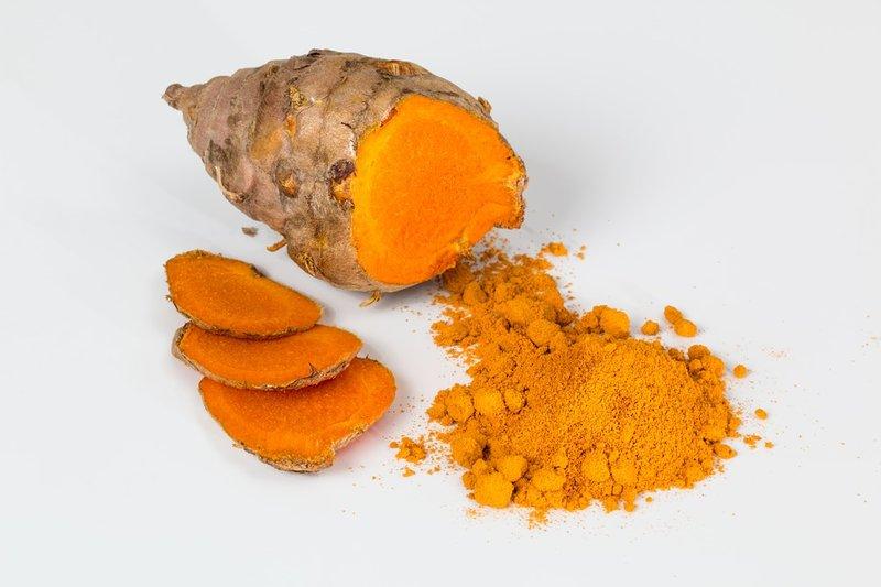 Bahan Dapur untuk Obat Kolesterol - Kunyit.jpg