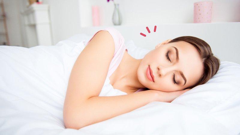 5 Bahaya Tidur Pakai Makeup untuk Kulit, Jangan Dilakukan Ya!