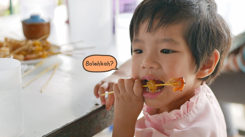 Balita Makan Daging Kambing, Aman atau Berisiko?