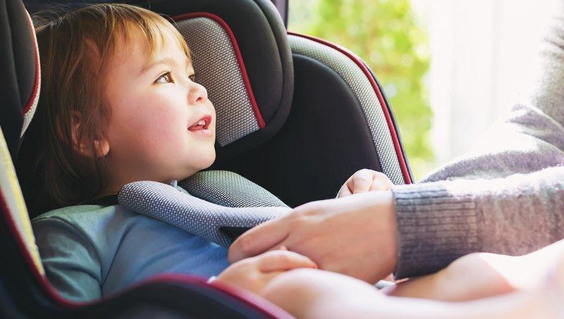 Balita Muntah di Car Seat Bersihkan Dengan 7 Trik Mudah Ini 1.jpg