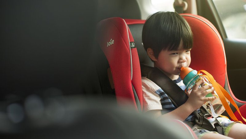 Balita Muntah di Car Seat Bersihkan Dengan 7 Trik Mudah Ini 6.jpg