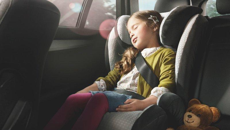 Balita Muntah di Car Seat Bersihkan Dengan 7 Trik Mudah Ini 7.jpeg