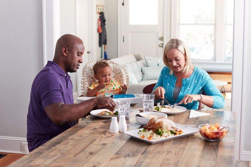 Balita Susah Makan Simak 4 Tips Menanganinya 4.jpg
