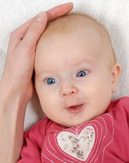 Bayi Botak Tak Perlu Khawatir Itu Normal -1.jpg