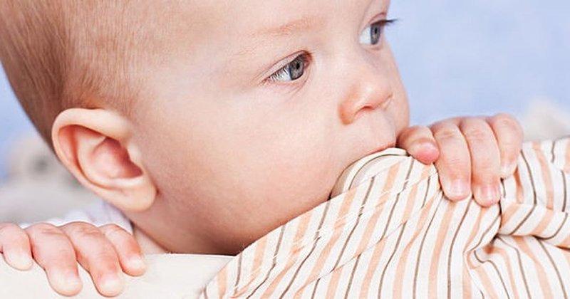 Bayi Lebih Rewel Pada Malam Hari Saat Tumbuh Gigi Atasi Dengan 2 Tips Ini -2.jpg