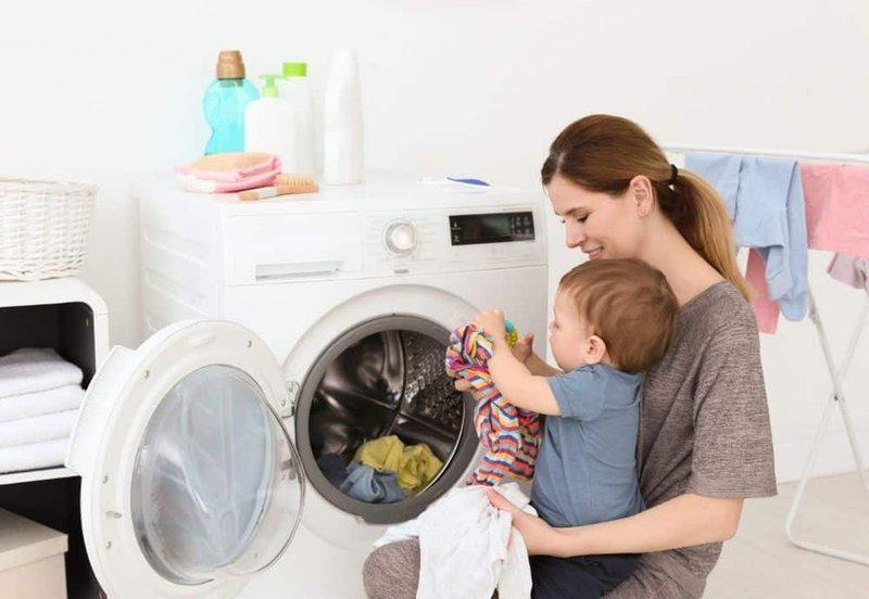 Bayi Memiliki Kulit Sensitif Gunakan 3 Tips Mencuci Pakaian Ini -2.jpg