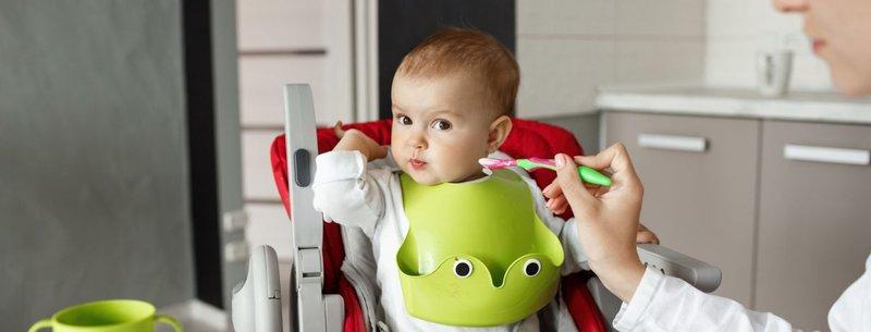 Bayi Menolak Makan Pakai Sendok Ini Yang Harus Moms Lakukan -1.jpg