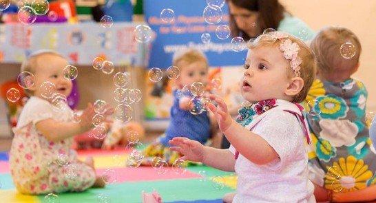 Bayi Selalu Menyukai Gelembung Ternyata Ini Alasannya -2.jpg