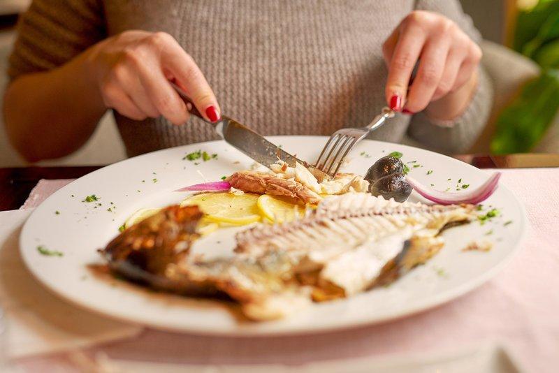 Benarkah Busui Pantang Makan Makanan Amis 1.jpg
