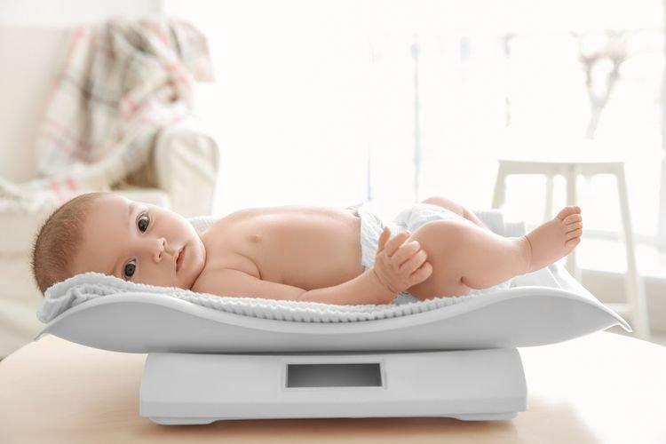 Berat Badan Bayi Ideal Di Satu Tahun Pertama.jpg