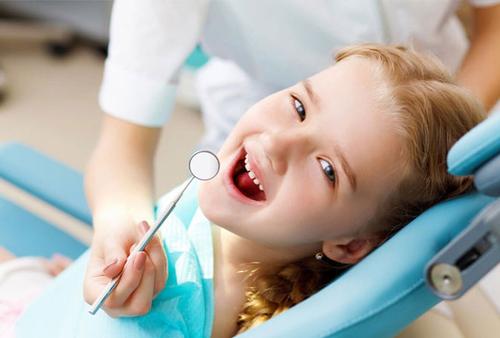 Bercak Putih pada Gigi Anak, Apa Sebabnya-2.png