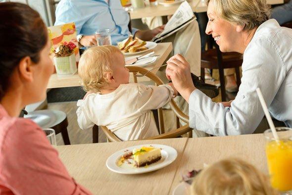 Berniat Membawa Anak Bukber Perhatikan 6 Tips Ini -4.jpg