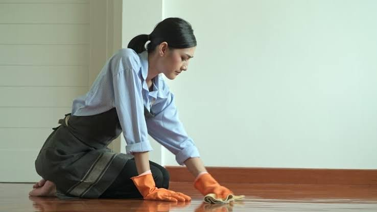 Bersih-bersih rumah 1 (stres).jpeg