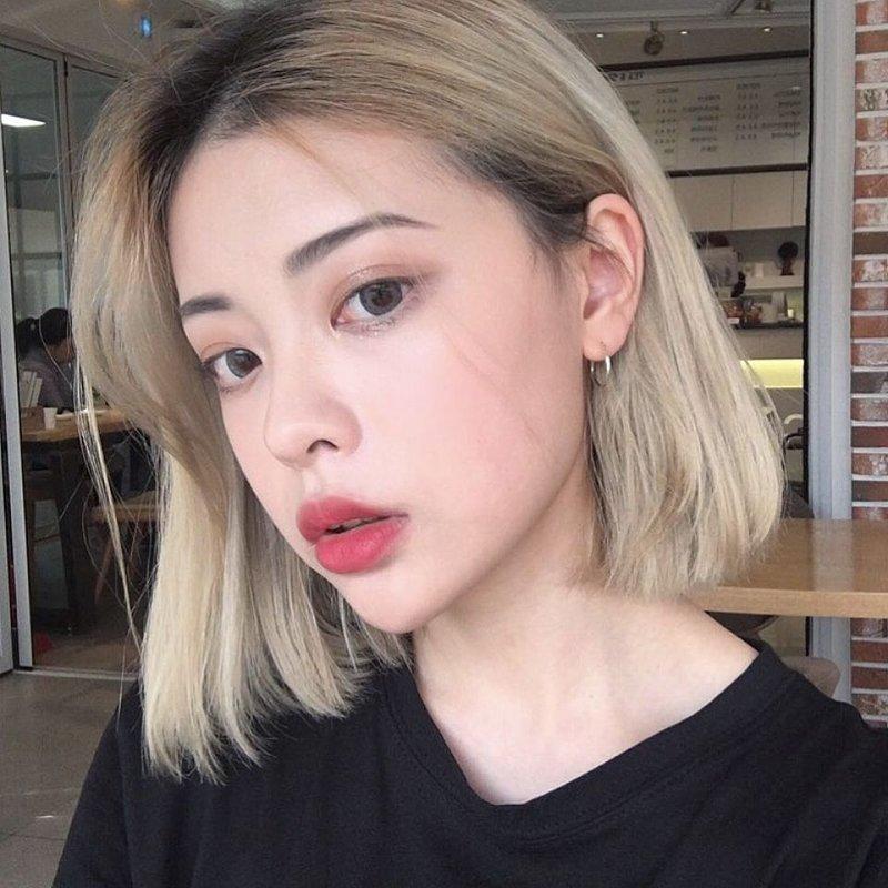 Blonde Bob Korea.jpg