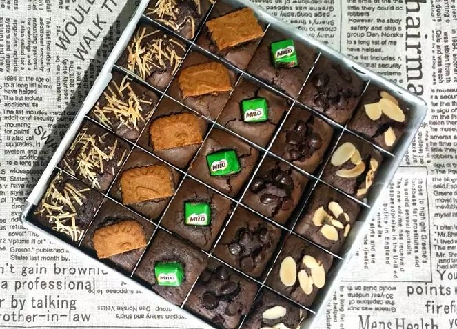 Brownies Panggang Topping.jpg