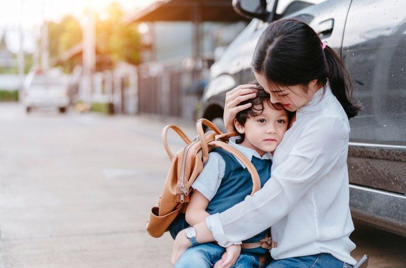 4 Tips Penting Redakan Separation Anxiety Si Kecil