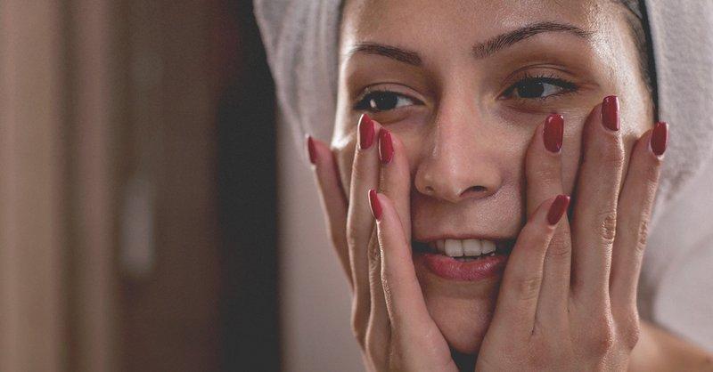 Cara Memakai Minyak Zaitun Pada Wajah Sebelum Tidur - pembersih wajah.jpg