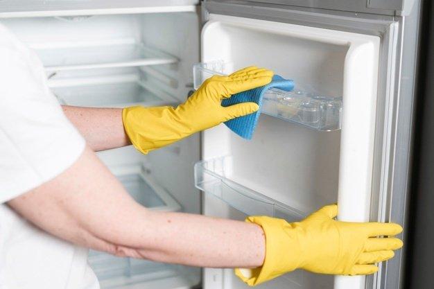 Cara Menghilangkan Bau Kulkas yang Lama Tidak Dipakai.jpg