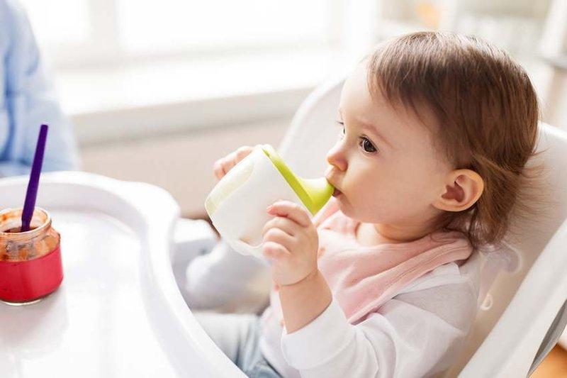 mengatasi hidung tersumbat pada memperhatikan makanan yang dikonsumsi anak bayi bisa dilakukan dengan