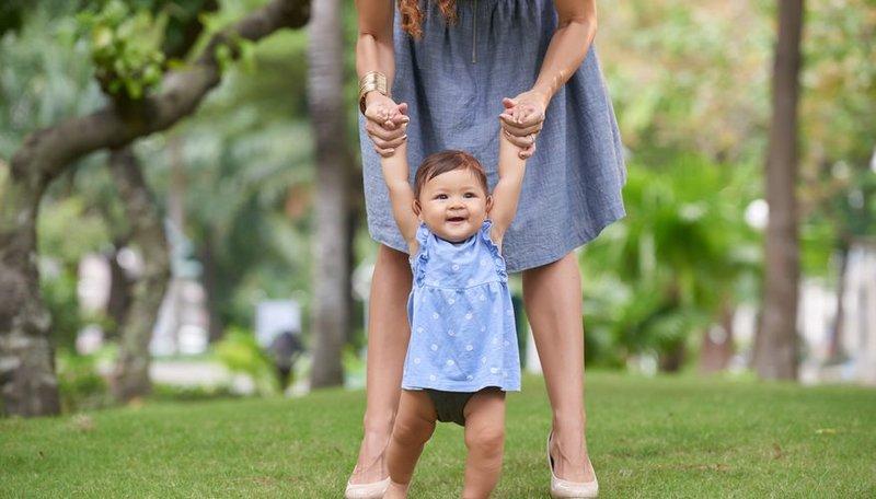 Cara Stimulasi Anak agar Cepat Berjalan-3.jpg