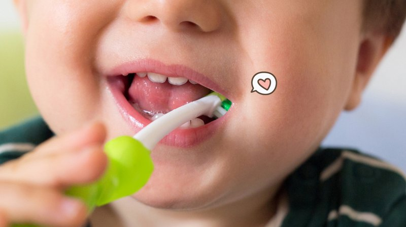 Cara Melatih Balita Menyikat Gigi Sendiri