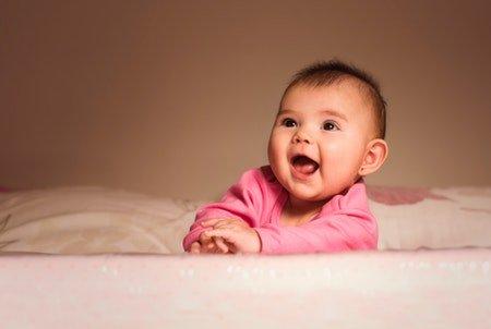 Coba 4 Cara Ini Agar Bayi Tidak Menolak Tummy Time -1.jpg