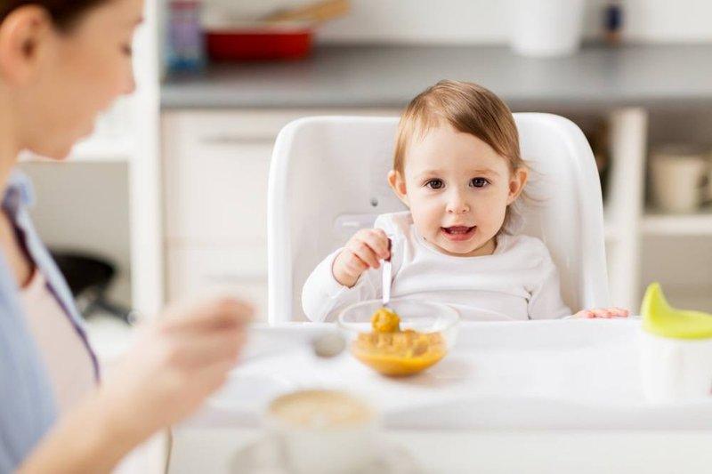 Jadwal Makan Bayi 10 Bulan, Foto : Orami Photo Stock