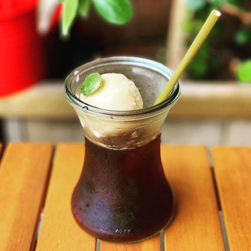 Coffee beer float.jpg